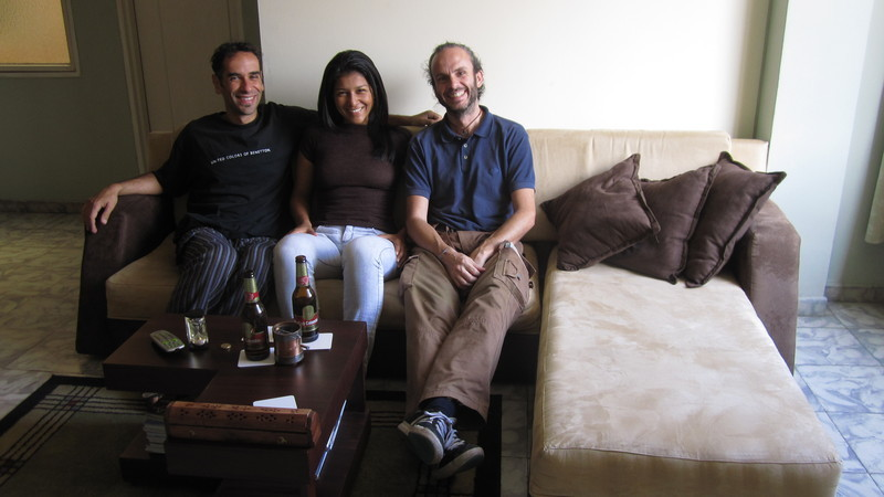 On Mónica\'s couch, with Andrea from Italy
