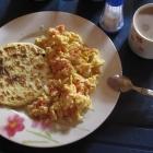 Arepa y huevos pericos: breakfast @ Sofía's