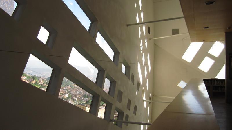 España Library