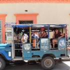 «Transporte folklorico»: in the bus to Tayrona